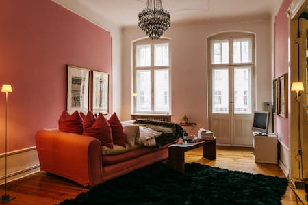 stylish private room in trendy district of Berlin