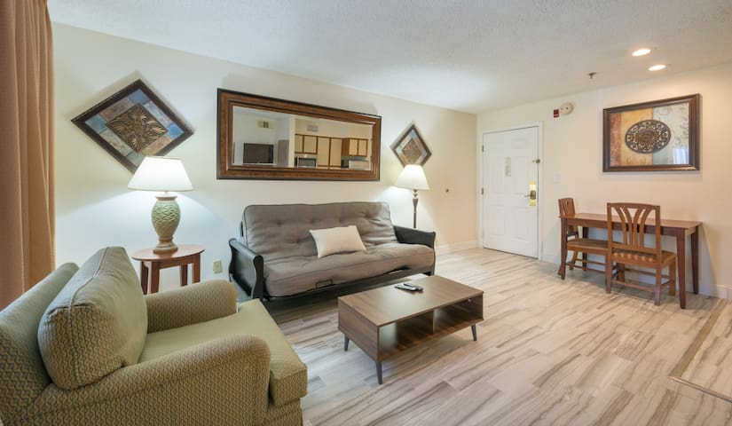 SPACIOUS FAMILY VILLA NEAR WALT DISNEY ORLANDO