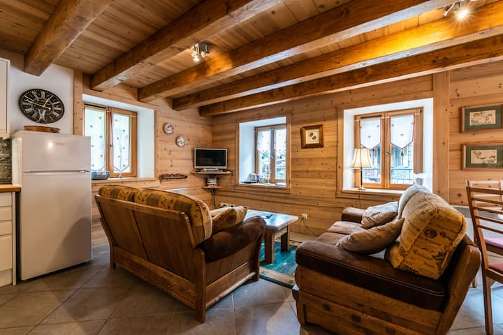 Charming apartment for 4 in the centre of Morzine