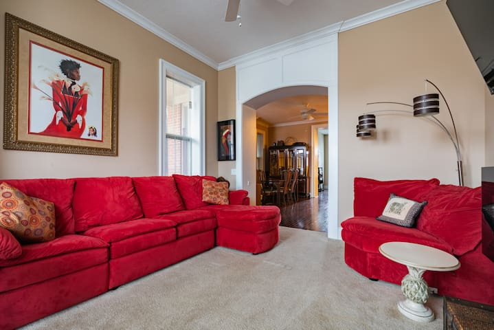Entire Olde Town East Condo