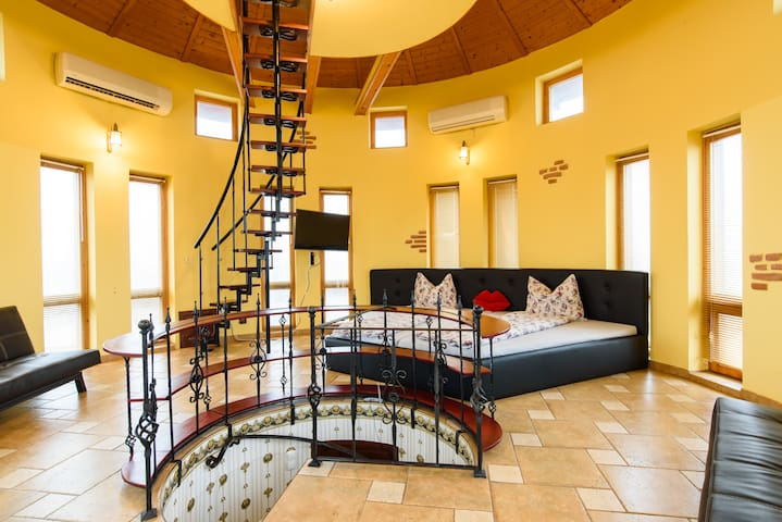 Luxury 90m2 WATER TOWER HOUSE for 8 persons