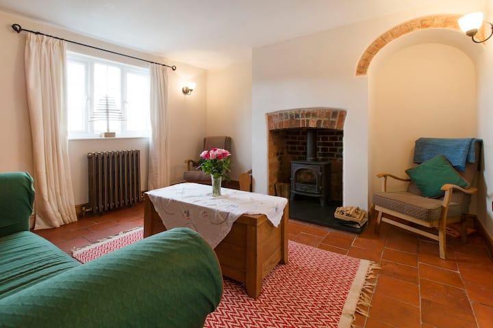 Victorian cottage, Ashendon, Bucks. All inc. price
