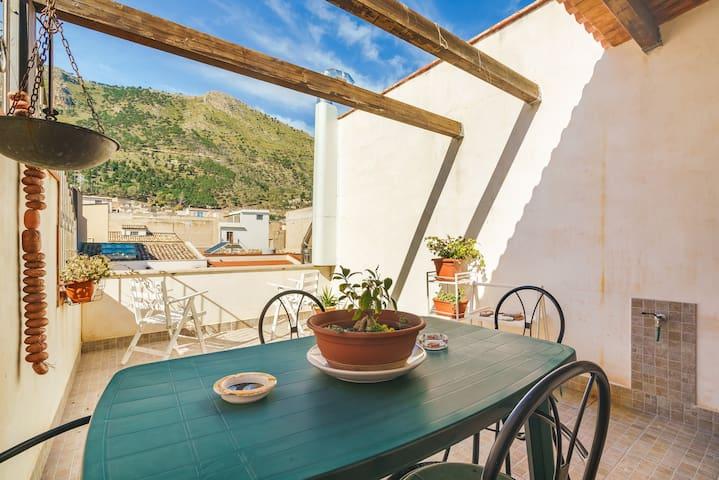 Beautiful flat overlooking Castellammare