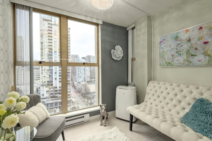 Yaletown / Downtown Vancouver Luxury Living (4)