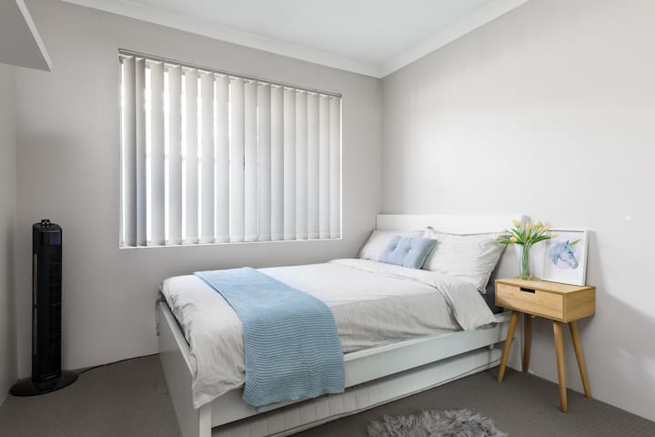 Modern Double Room - New 3x2 Open Living