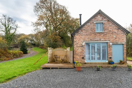 Maes Y Grove Cottage 2