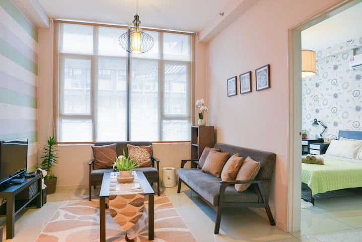 Cozy 2BR, 2BA | ♥ of PJ s13 | Close to everything!