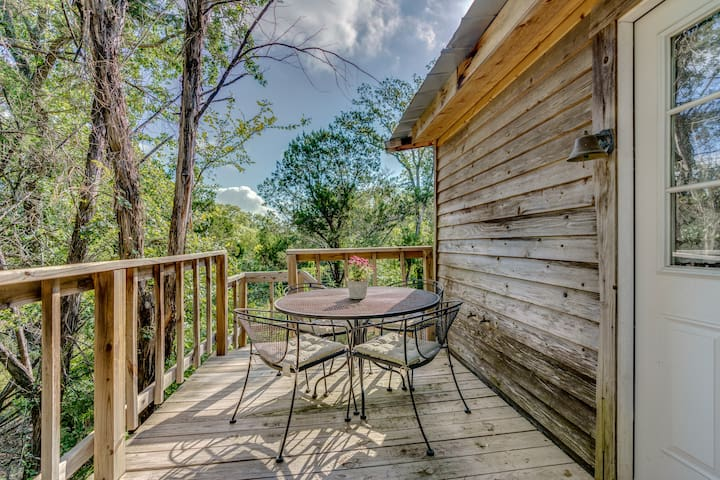 Have a meal on the back deck and enjoy the treetop views.