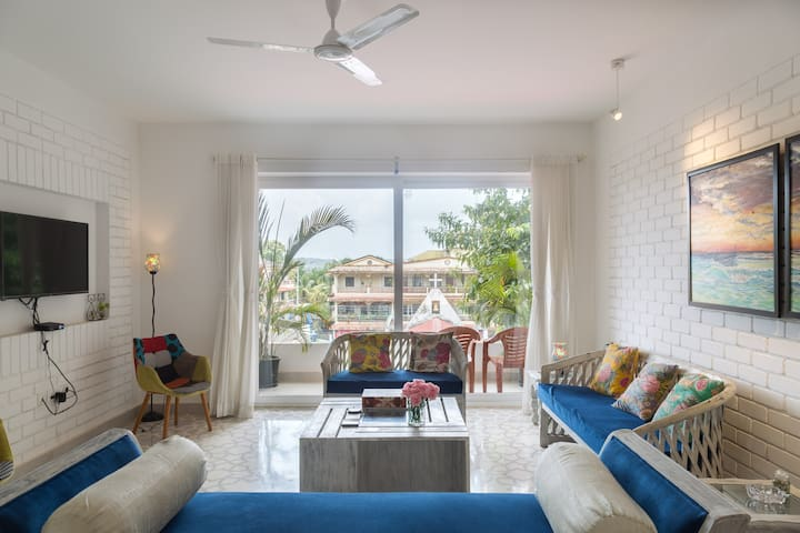 A warm beautiful 2 bedroom home near Candolim