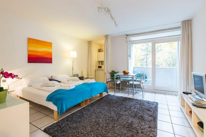 Perfect location! 1-room apt Nollendorfplatz (1)