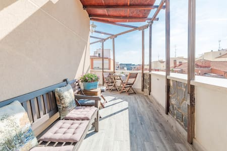 Apartment + terrace in Madrid Rio