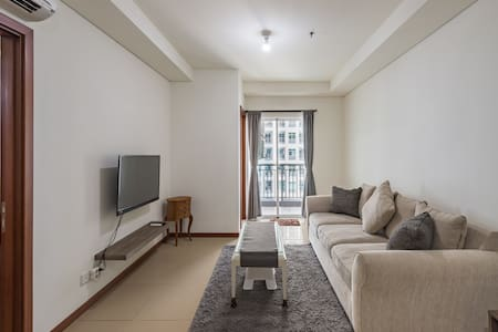 2BR GreenBay Pluit Condo Seaview Tower Apartment