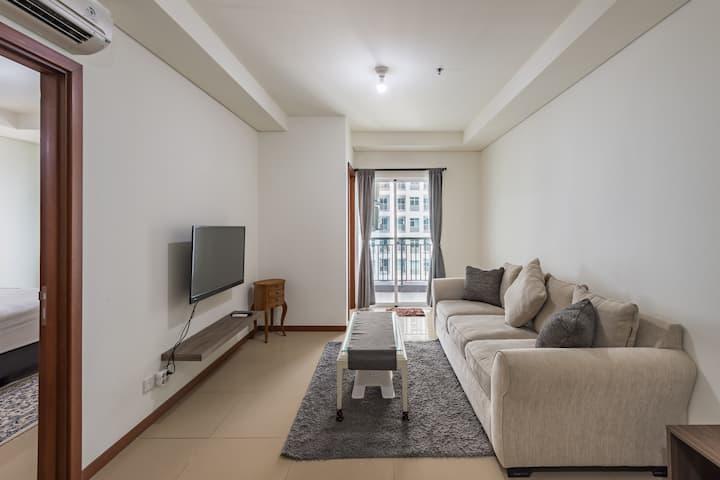 2BR GreenBay Pluit Condo Seaview Tower Apartment