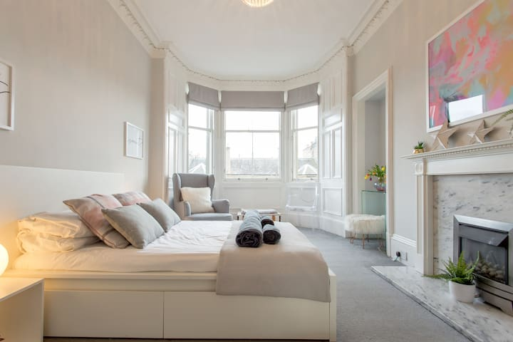 ★Chic and Central City Centre Apartment★