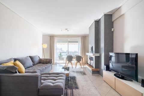 Sea view stylish apartment