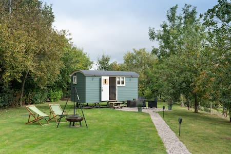 Greatwood Shepherd's Hut