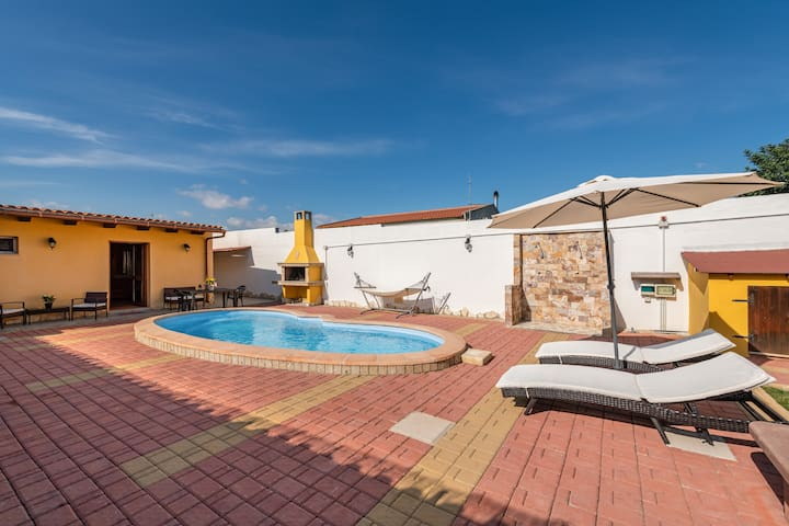 Oasi Relax (private pool-total privacy) iun P1252