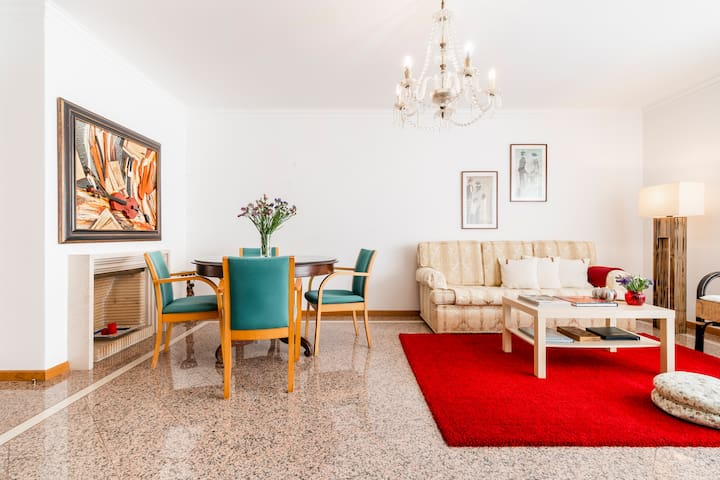 ☀ Sunny & Peaceful Home in the ❤ of Downtown Faro
