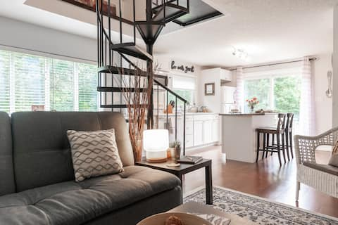 The Loft - Country living in Waterloo