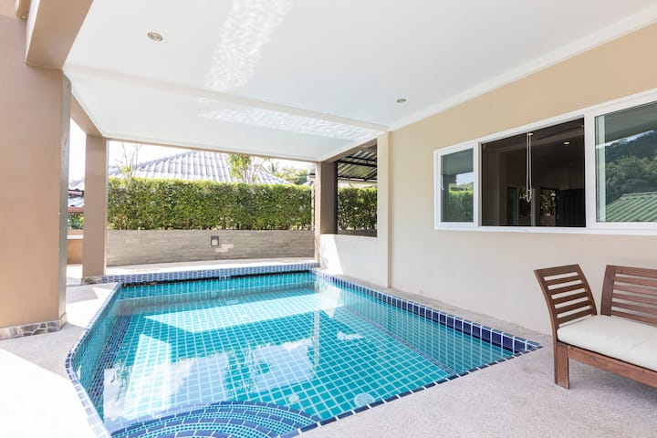 Kata beach 2 bed, 2 bath, Sea View Apartment (31)