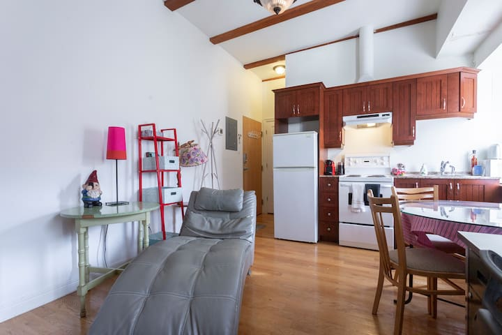 Humble LOFT - In the ❤ of OLD PORT / Old Montreal