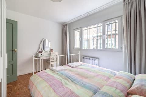 Big Room with 160cm Wide Bed