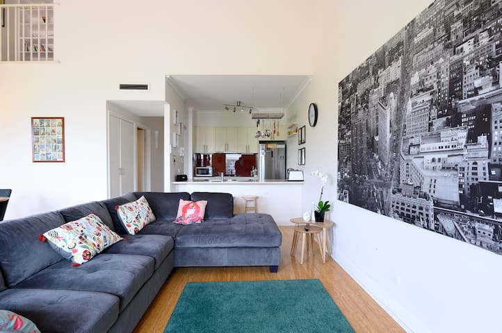Fitzroy Nth - Spacious Light- home away from home