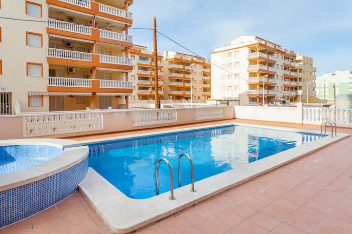 Alquiler apartamento con piscina y garaje Moncofar