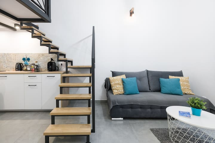 Contemporary Loft in Krakow's Historical Center!