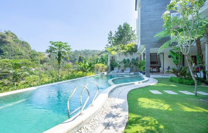 Rumah Djalin Dago. Bandung's Hidden Gem For Family