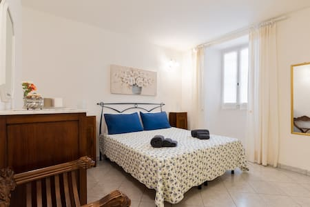 Elena' apartment in Fiesole: cozy and comfortable
