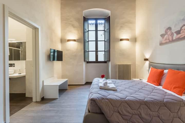 ⭐️⭐️⭐️⭐️⭐️New Santa Croce Suite  LUXURY apartment