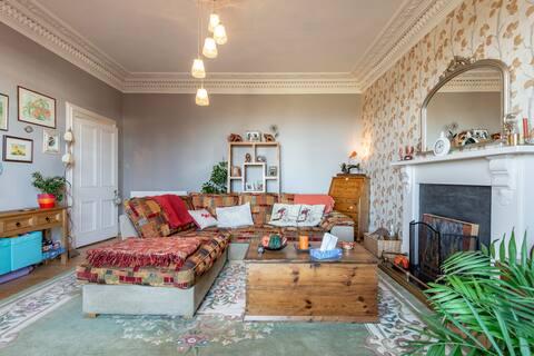 Rosslyn Villa Whole House