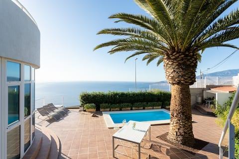 Loft romantique avec vue et piscine jacuzzi