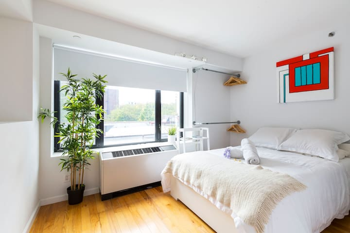 Beautiful, Modern & Bright Apt in the East Village