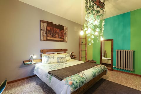 GREEN PARADISE-10 mins from center & free parking
