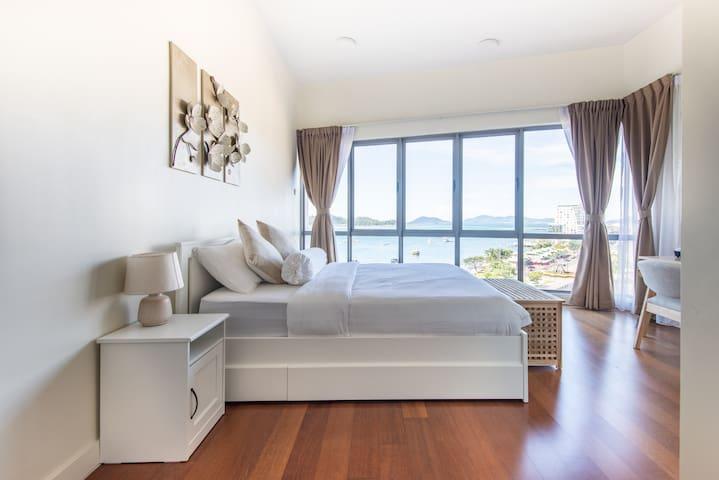 Sea View Master Bedroom 1