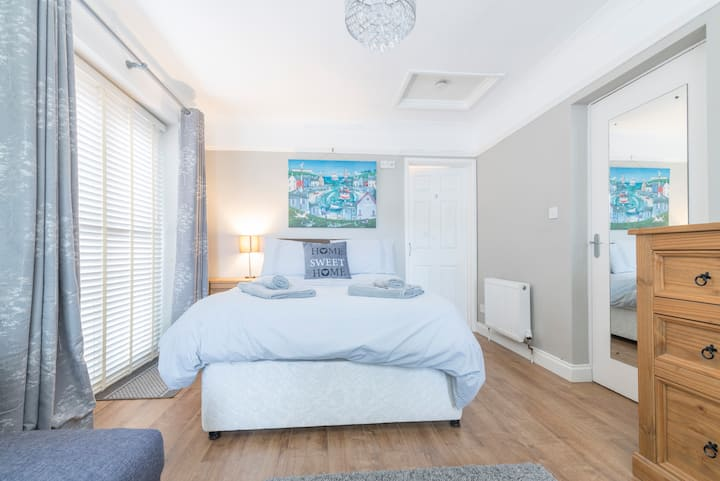 Flat close to the City and University