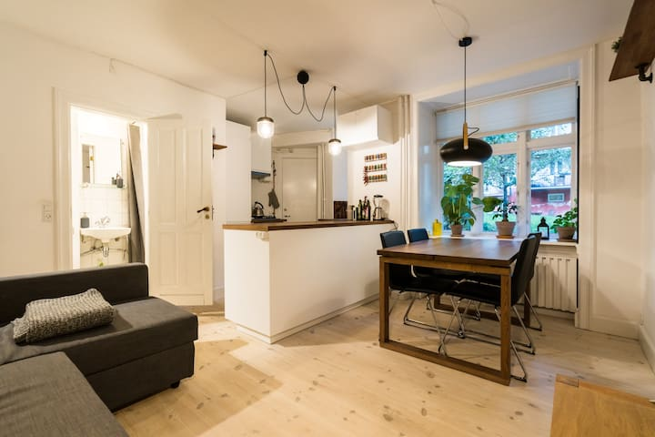Hip, cozy 2 room-flat in the center of Nørrebro