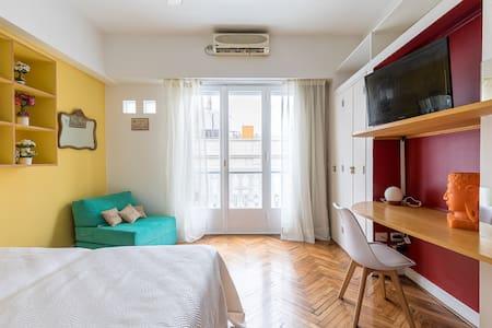 Recoleta Deluxe, 3 pax, best location full confort