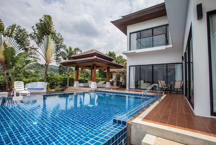 Stunning Villa- Luxury Pool Villa 3BRs/ KRABI