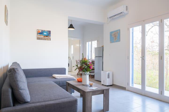 Fistiki House - beautiful place, great location!