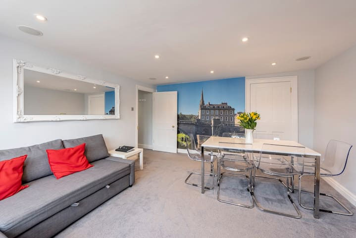 Luxury apartment in the perfect central location