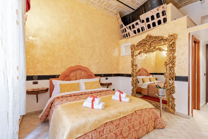 Beautiful Apartment 130 metres from Colosseo