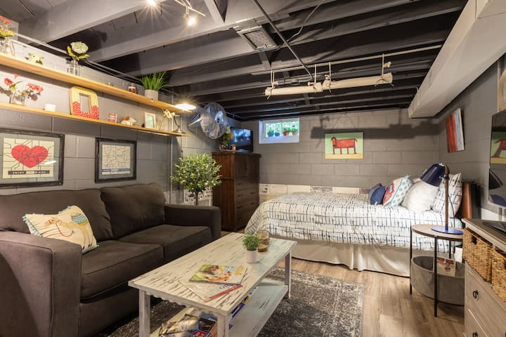 """Cozy space with an additional tv 32"""" on dresser for watching tv in bed. Has a built in DVD player, netflix. Head phones are available if you would like to watch tv without disturbing anyone late nights, or if two of you watch tv at the same time!"""