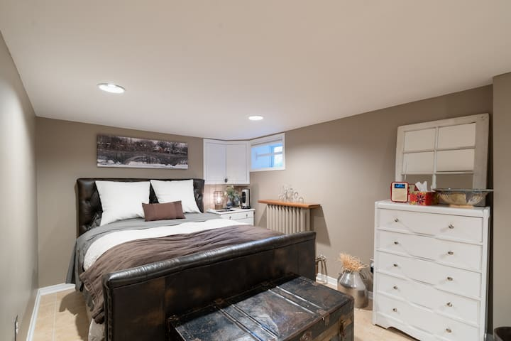Luxury suite in historic Bloor West Village