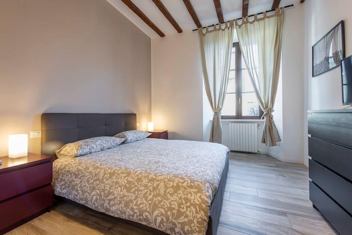 Delizioso/lovely appartamento nuovo zona Sarpi