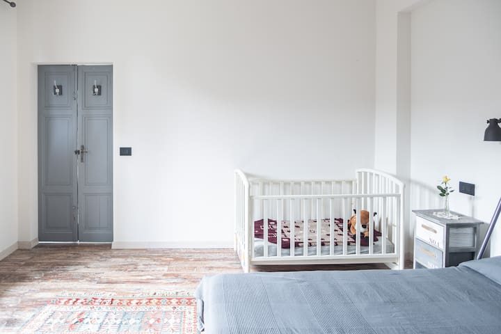 Ground floor: Bedroom  #2 for a couple with baby under 3