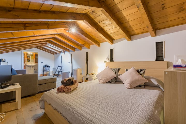 Relaxing loft in the heart of Verona