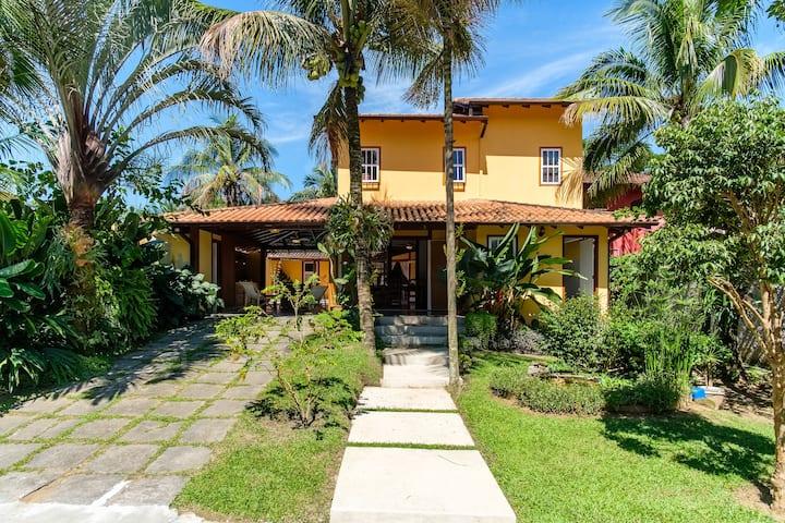 Casa Ipê Amarelo , Paraty, Rio de Janeiro.